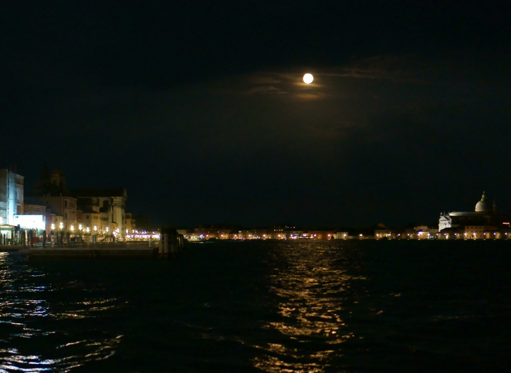 Venice at night 2016